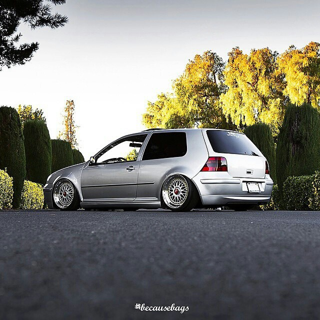 Stunning mk4 from @jimmy_becausebags - ____________________________________ #Vw  #vwmk4 #mk4 #airsuspension